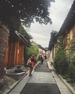 Recorriendo Bukchon Hanok Village (북촌한옥마을)